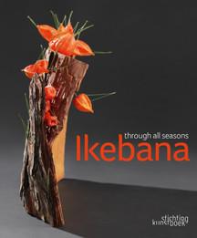 Fotoband: Ikebana-Arrangements von Blumenkünstlern aus der ganzen Welt